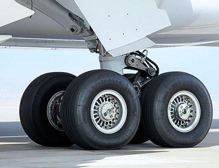 【ブリヂストン】航空機用タイヤのソリューションビジネス拡大
