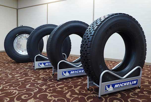 ミシュランの新品タイヤとリトレッドタイヤ