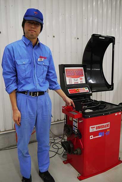 商品開発部機器商品開発部の三田村さん
