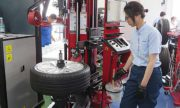 イヤサカ 高機能機器で軽労化と高品質な作業を支援